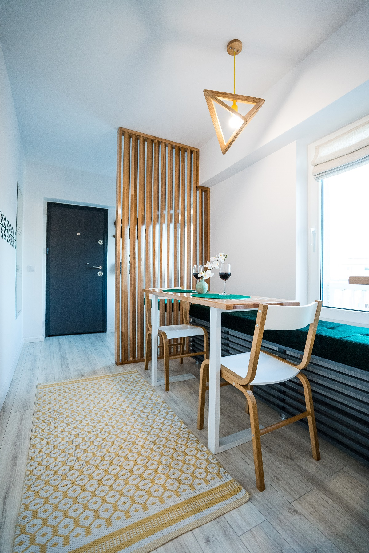 Amenajare de Interior apartament 3 camere Airbnb bucatarie 5