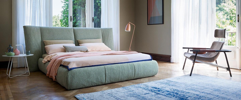 pat tapițat dormitor modern